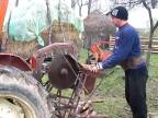 Cirkulár na traktore Fiat 450 H (domáci kutil)