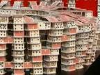 Američan postavil dom z takmer štvrťmilióna kariet!