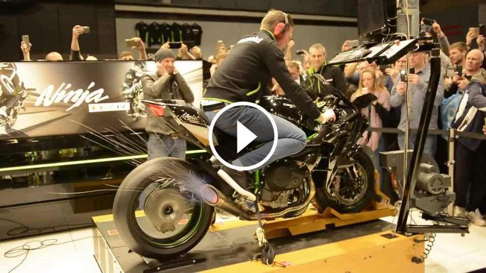 dyno test kawasaki ninja h2r 2015 326 hp mojevideo. Black Bedroom Furniture Sets. Home Design Ideas