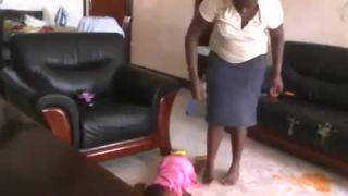 Opatrovateľka z pekla (Uganda)