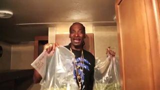Kedy je Snoop Dogg najšťastnejší?