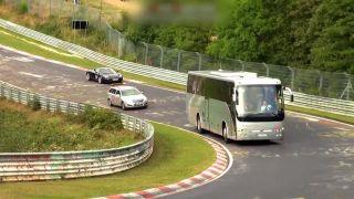 Tí najčudnejší pretekári na Nürburgringu