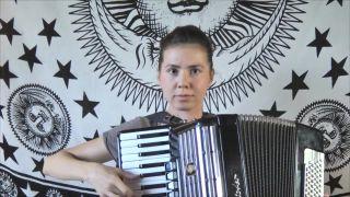 Mortal Kombat na akordeóne (Rusko)