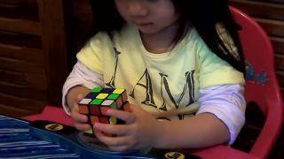 Ako dlho vám trvá zložiť Rubikovu kocku?