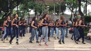 Mexičanky tancujú tanec zvaný kizomba