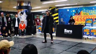 Kórejec svojím výstupom ľuďom vytrel zrak!