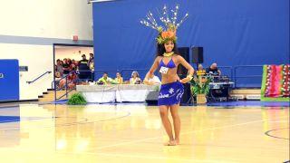 Extrémne vrtivá tanečnica (Hura Tahiti)