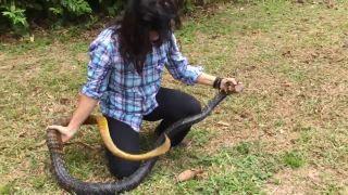 Ukážem vám hada z blízka! (Peru)