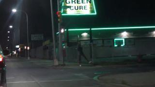 Malá ochutnávka z nočného Detroitu