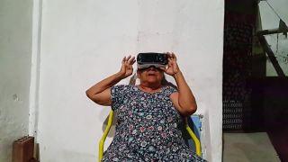 Babka, nasaď si tieto okuliare!