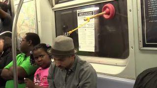 A kľudne si môžete zdriemnuť v metre!