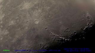 Mesiac 300x Zoom!