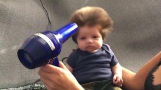 Asi najvlasatejšie dieťa na svete (8-týždňový chlapček)