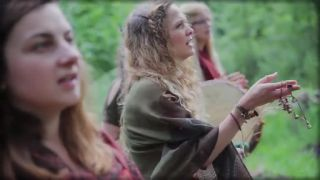 Bieloruská tradičná pieseň - Lecieli żurauli