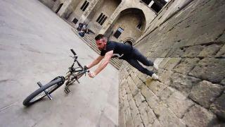 BMX-ový parkour z Barcelony