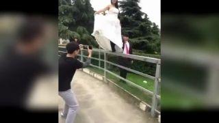 Ženích si cez svadobnú noc asi neužije