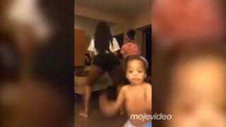 Keď si chce mamička v kľude zatwerkovať