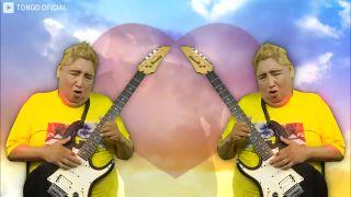 Peruánsky idol Tongo vám zaspieva niečo od Linkin Park