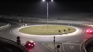 video Arogancia na kruhovom objazde (Slovensko)