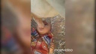 Dojčenie na idylickom indickom vidieku