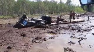 Ruské pásové vozidlo, ktoré nepozná prekážky!