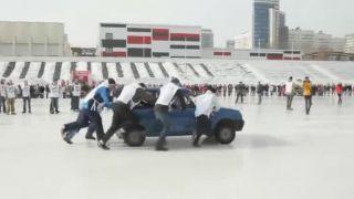 Prvý turnaj v auto curling (Rusko)