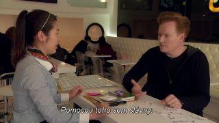 Conan O'Brien cestoval do Kórey, aby sa naučil jazyk