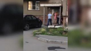 Bitka DO HOLA! (potýčka na ruskom sídlisku)