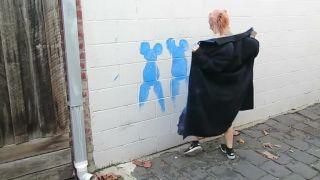 Kozy, klobásky a egreše! (vulgárny street art)