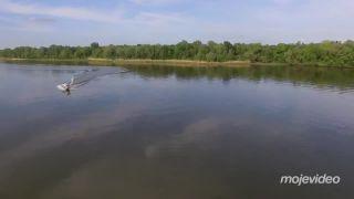 Na člne sa takto neodbáča! (Rusko)