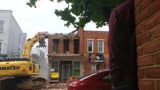 Demolácia domu vôbec nedopadla podľa plánu