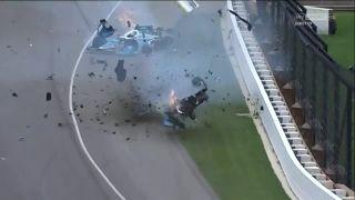 Brutálna zrážka na trati (Indy 500)