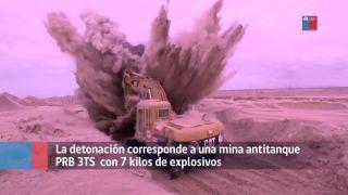 Bagrista natrafil na mínu (Čile)