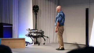 Budúcnosť je už tu (Spot Mini od Boston Dynamics)