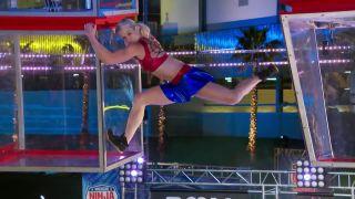 Spiderwomen došli sily! (American Ninja Warrior)