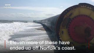 Pri Norfolku vyplavil oceán 480-metrové potrubie