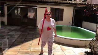 Brazílčan troluje svoju pani susedku