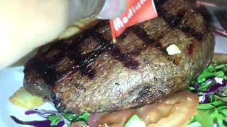 Šťavnatý steak s extra bielkovinami (NECHUTNÉ)